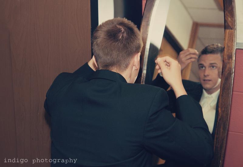 wedding-groom-getting-ready