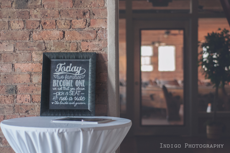 wedding-welcome-sign-rockford-il-photographers