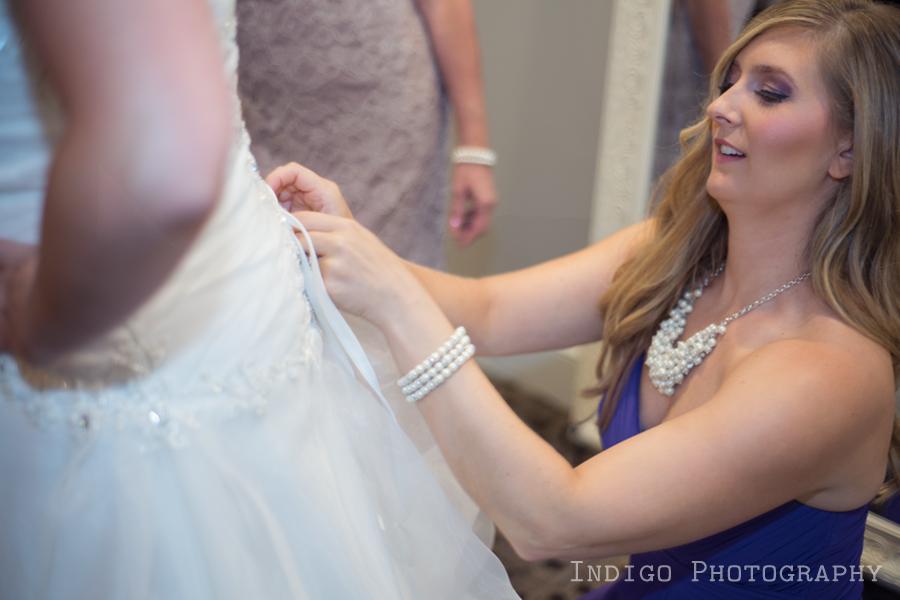 getting-ready-vintage-wedding