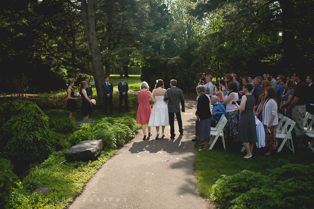 klehm-arborteum-outdoor-wedding-photos