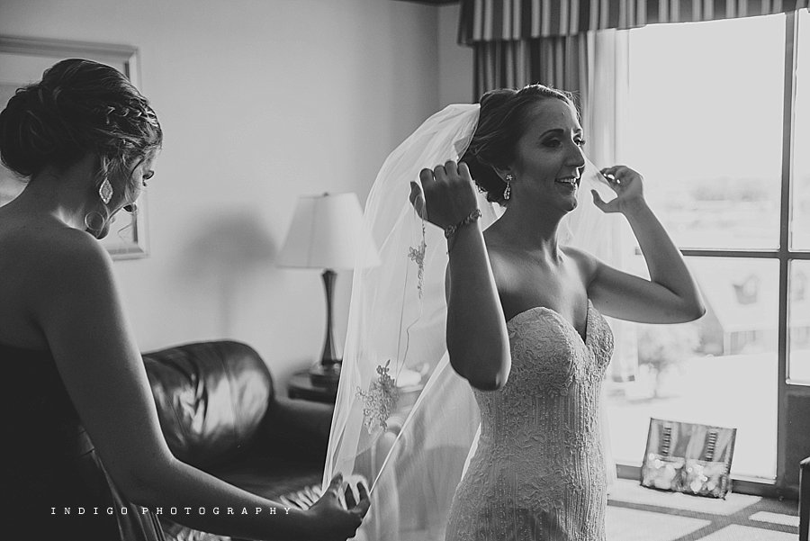 mendelssohn-performing-arts-wedding-rockford-il-wedding-photographers_1827.jpg