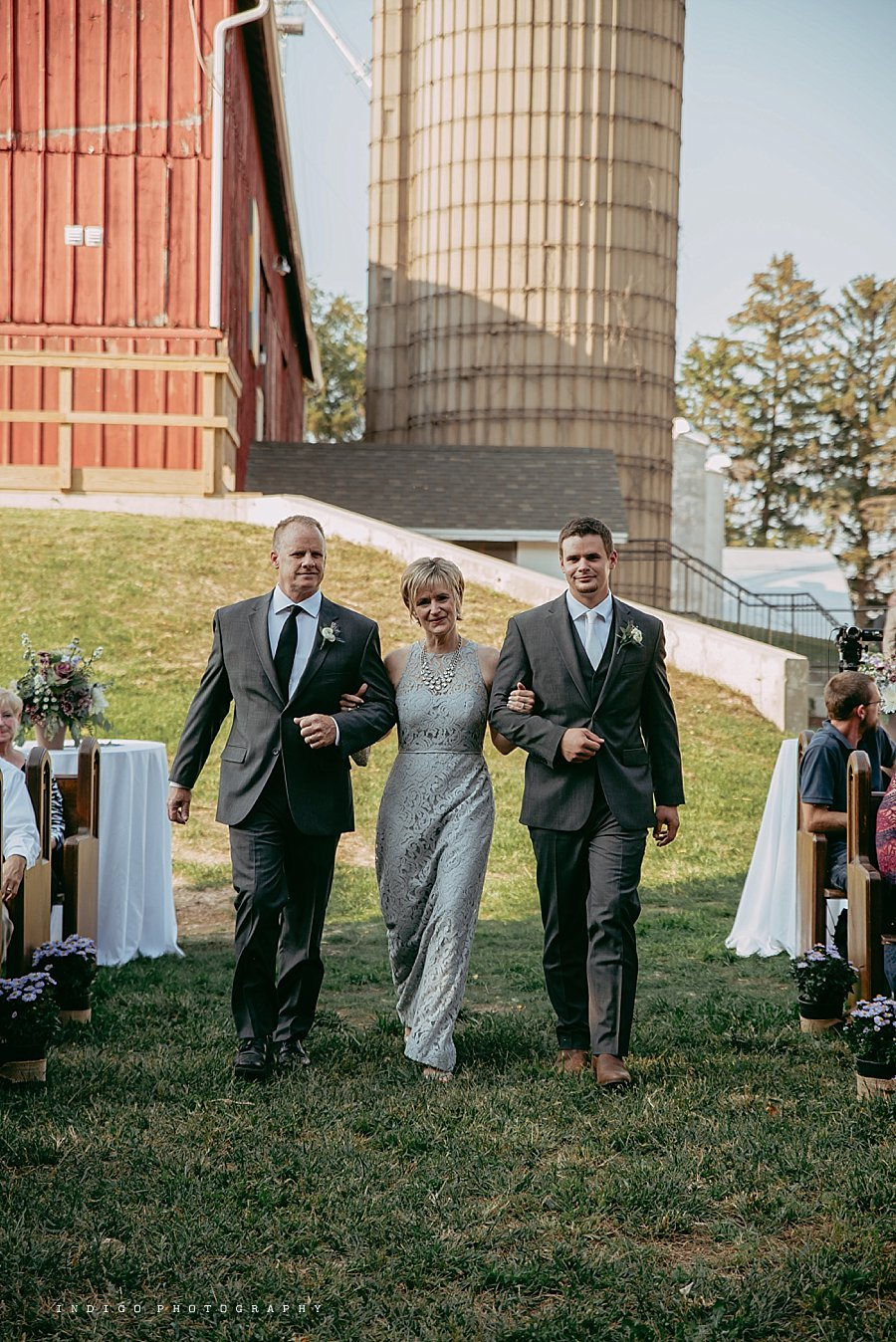 brauer-barn-pecatonica-il-wedding_0097.jpg