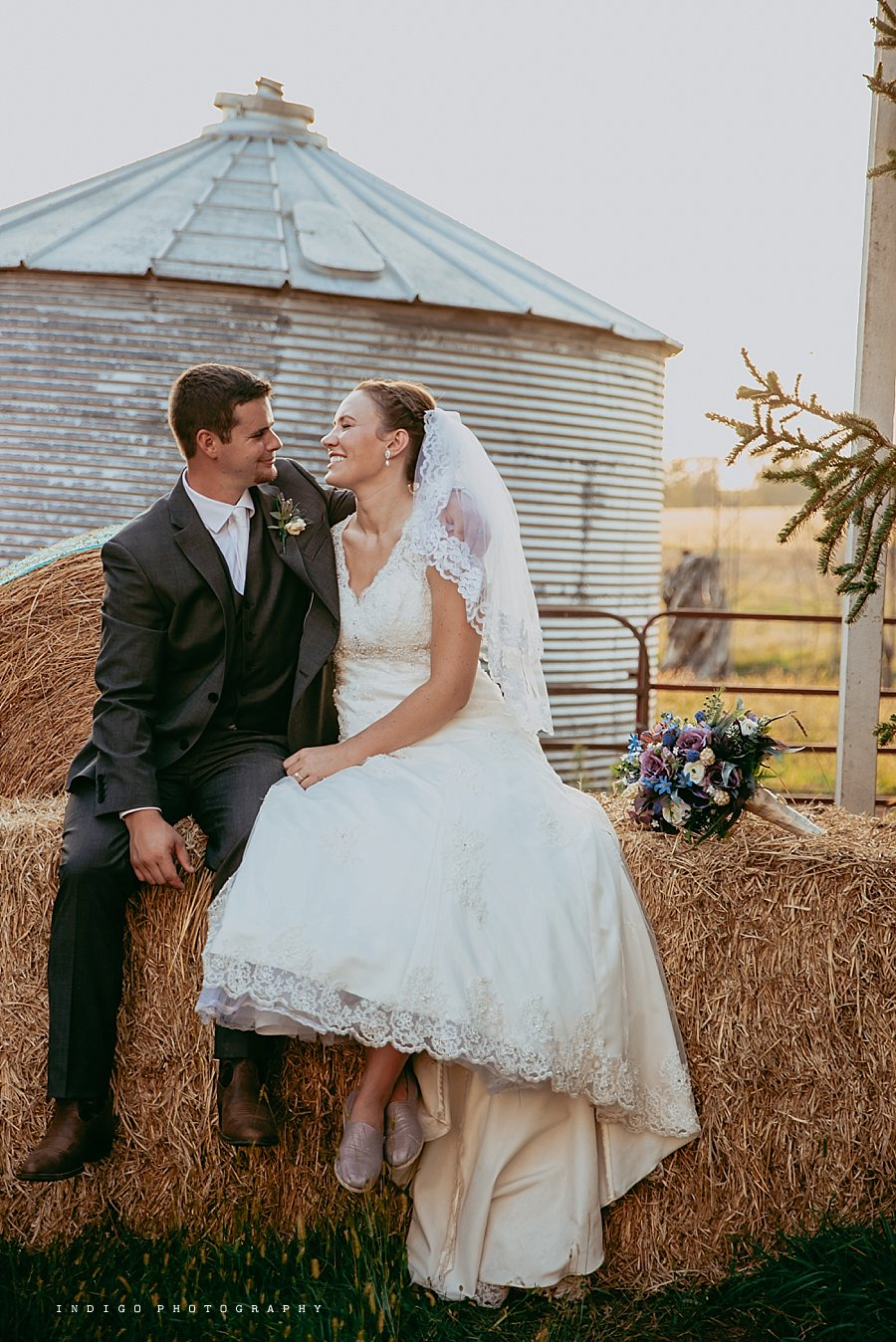 brauer-barn-pecatonica-il-wedding_0134.jpg