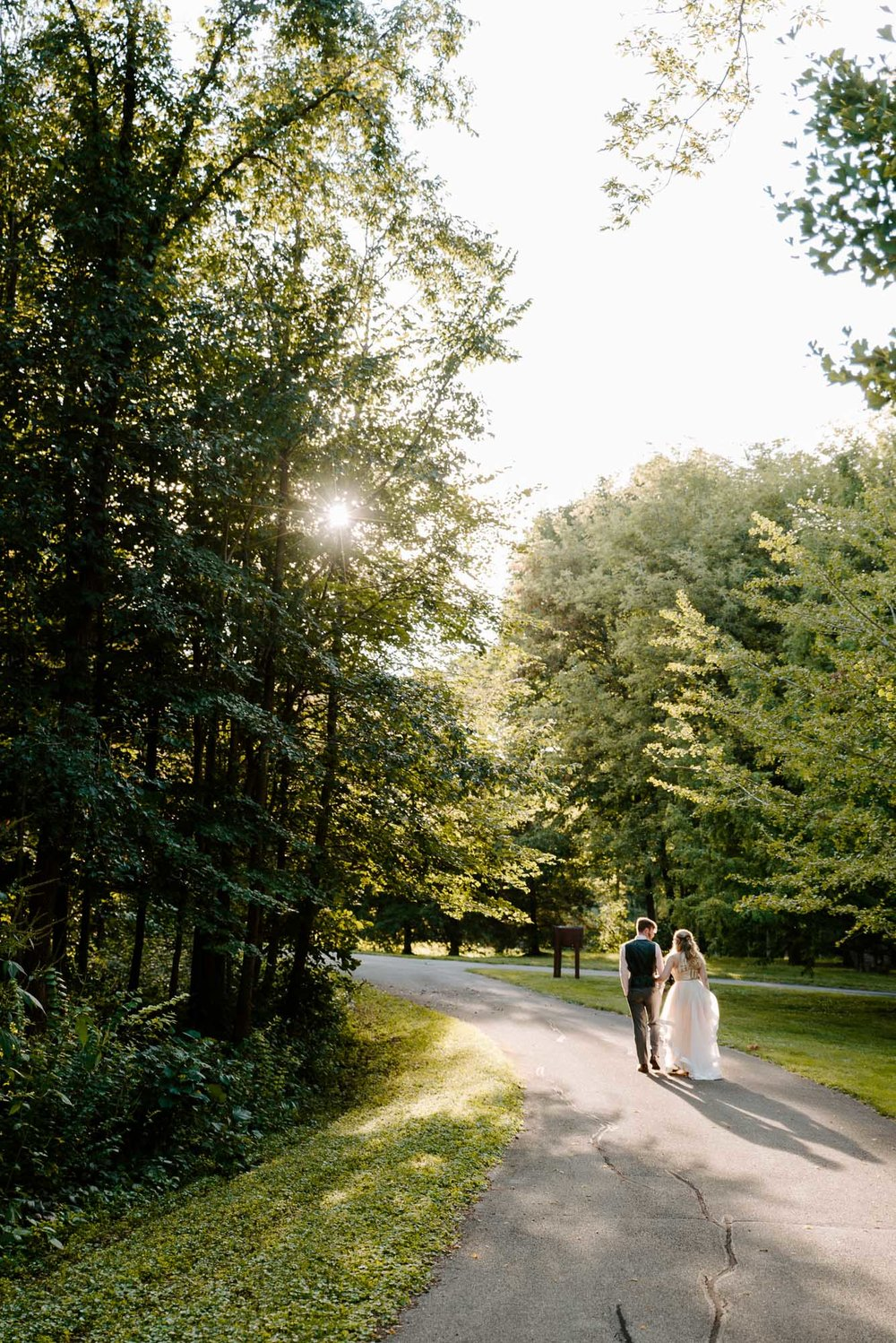 Rockford-IL-wedding-photographers-klehm-arboretum.jpg