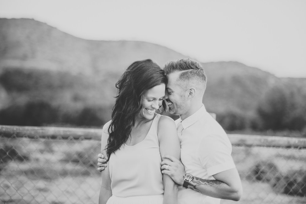 joshua-tree-california-wedding-photographers-elopements.jpg