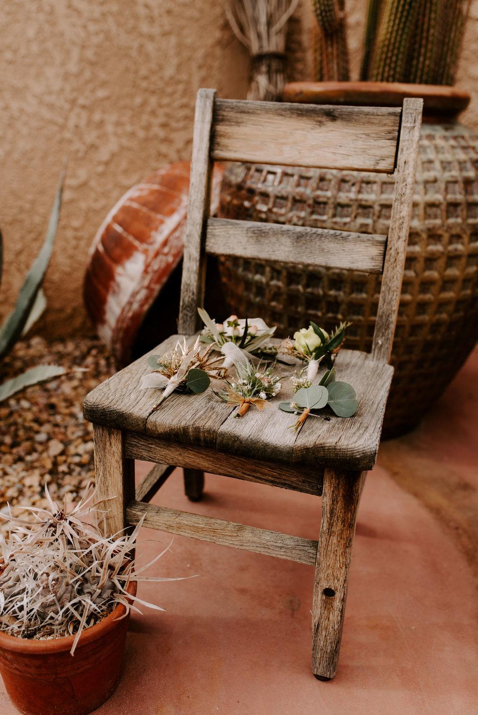 joshua-tree-elopement-wedding-photographers-5.jpg