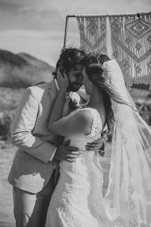 joshua-tree-elopement-wedding-photographers-65.jpg