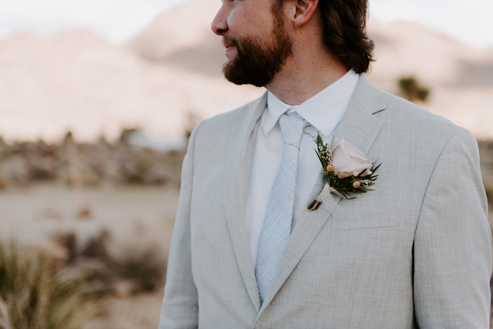 destination-wedding-photographers-joshua-tree-california-elopement.jpg