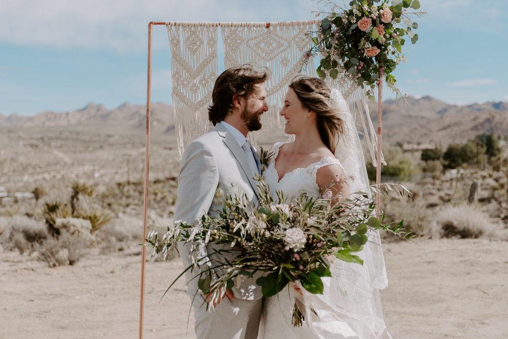 joshua-tree-elopement-wedding-photographers-83.jpg