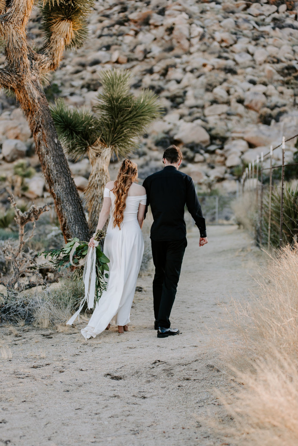 joshua-tree-destination-wedding-photographers-1-7.jpg
