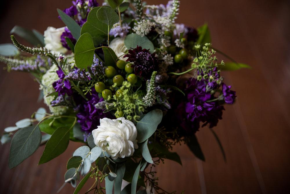 orchard-farms-pavillion-wedding-photos-rockton-il-wedding-photographers-10.jpg