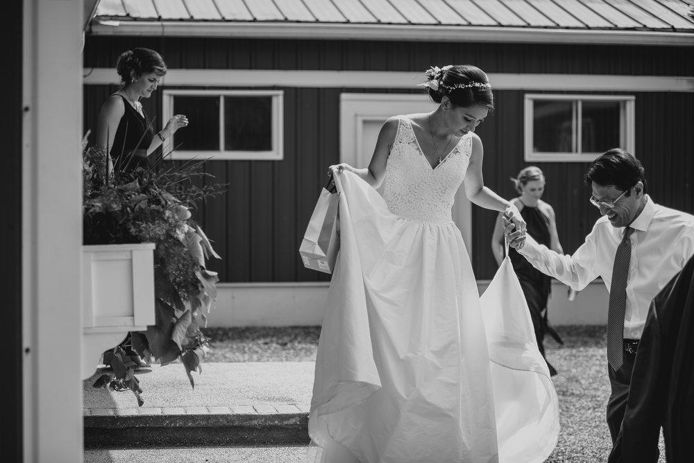 orchard-farms-pavillion-wedding-photos-rockton-il-wedding-photographers-33.jpg