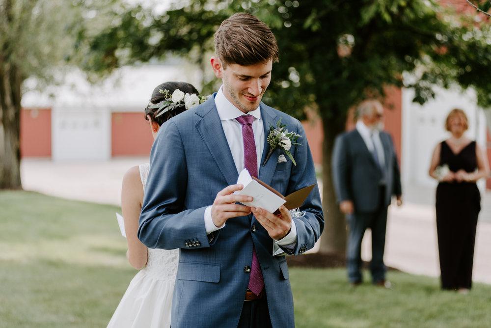orchard-farms-pavillion-wedding-photos-rockton-il-wedding-photographers-39.jpg