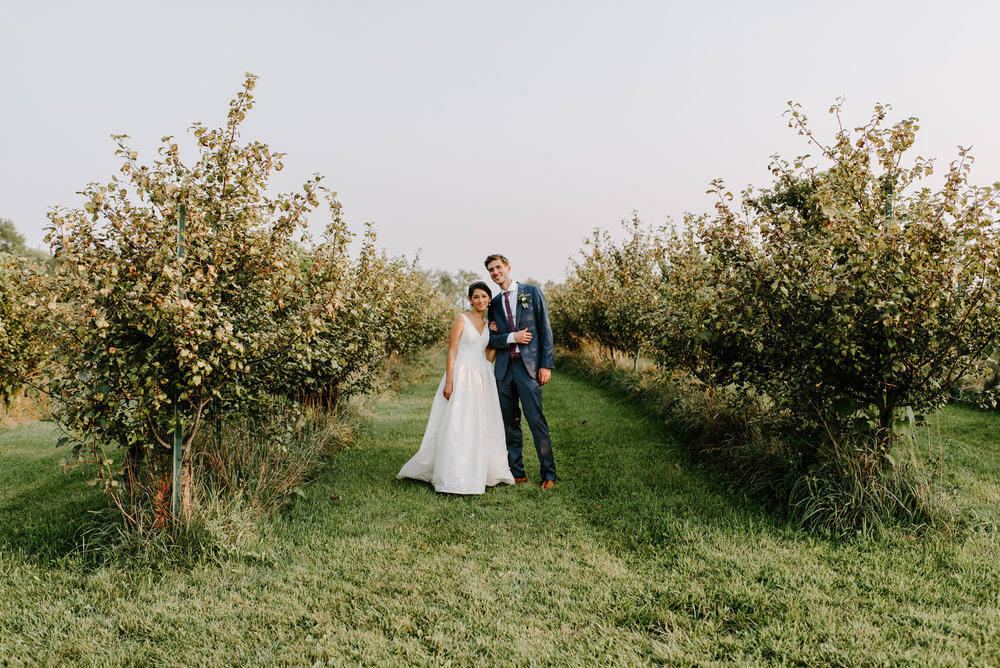 orchard-farms-pavillion-wedding-photos-rockton-il-wedding-photographers-223.jpg