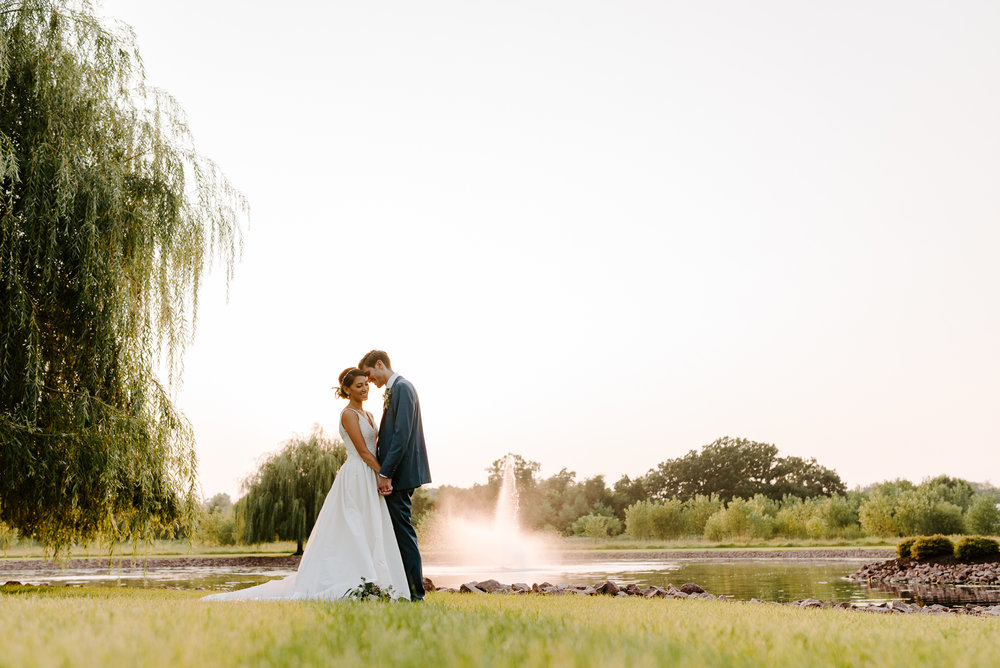 orchard-farms-pavillion-wedding-photos-rockton-il-wedding-photographers-228.jpg