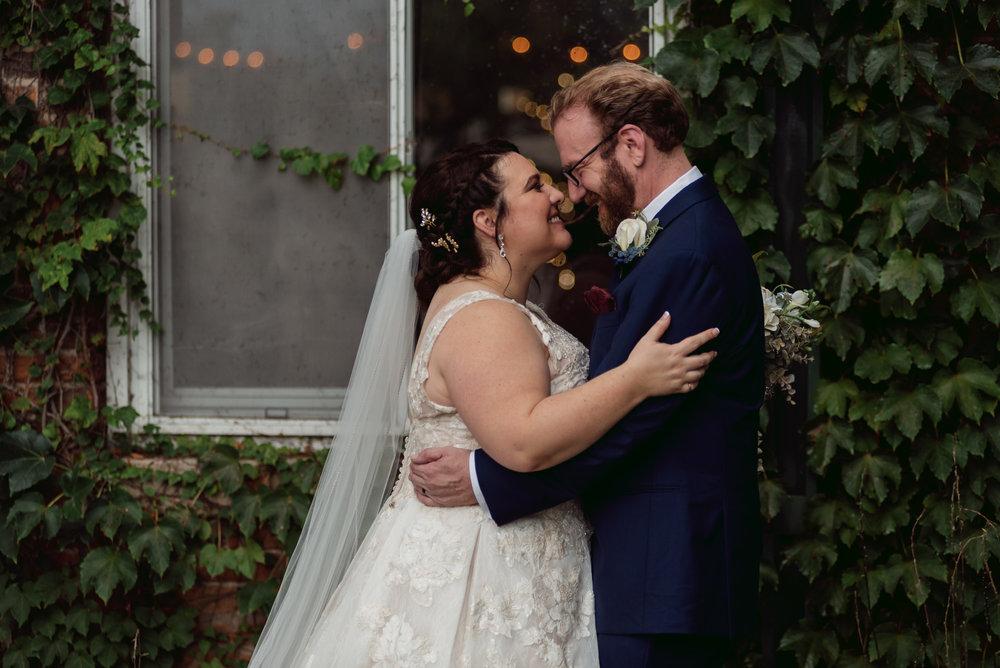 starline-factory-wedding-photos-Rockford-IL-wedding-photographers-157.jpg