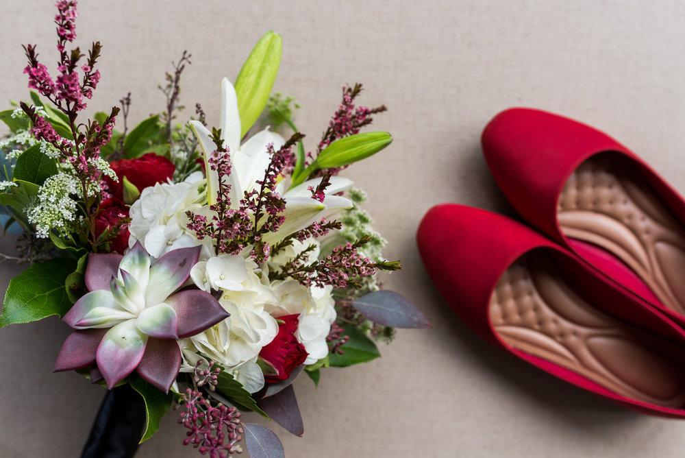 dc-winery-wedding-photos-beloit-wi-wedding-photographers-13.jpg