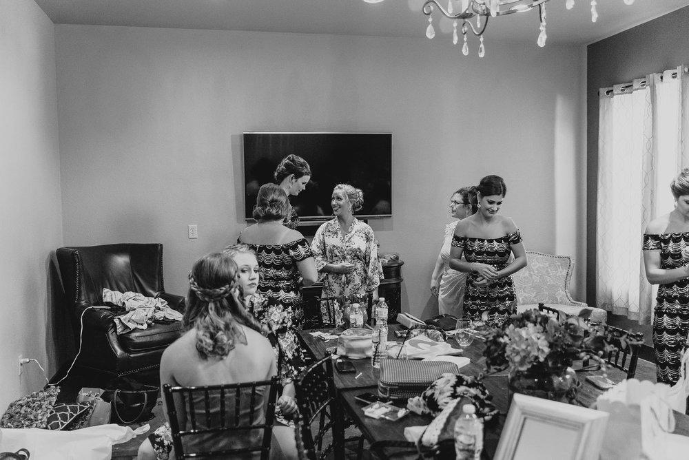 dc-winery-wedding-photos-beloit-wi-wedding-photographers-21.jpg