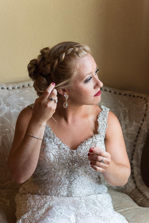 dc-winery-wedding-photos-beloit-wi-wedding-photographers-32.jpg