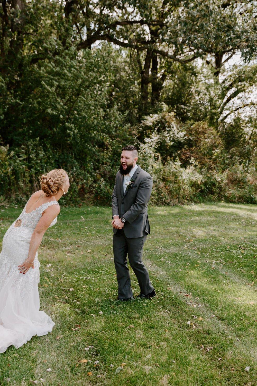 dc-winery-wedding-photos-beloit-wi-wedding-photographers-55.jpg