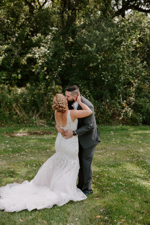 dc-winery-wedding-photos-beloit-wi-wedding-photographers-56.jpg