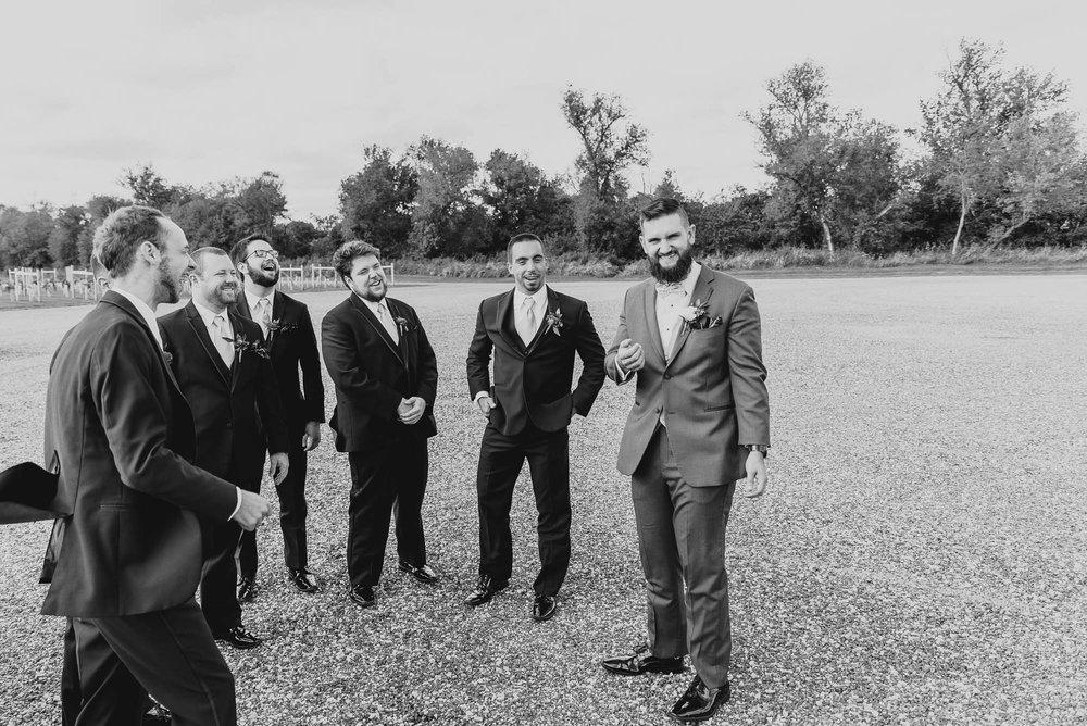 dc-winery-wedding-photos-beloit-wi-wedding-photographers-1-3.jpg
