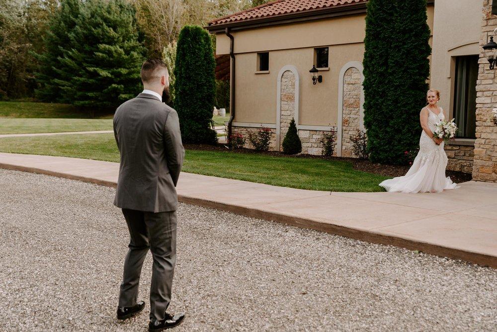 dc-winery-wedding-photos-beloit-wi-wedding-photographers-86.jpg