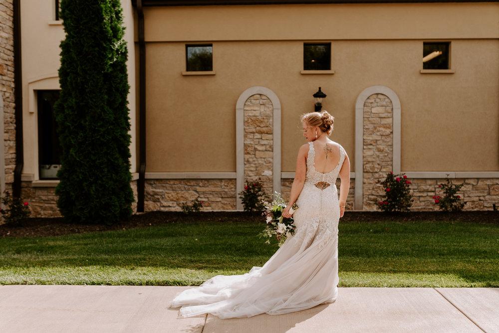 dc-winery-wedding-photos-beloit-wi-wedding-photographers-93.jpg