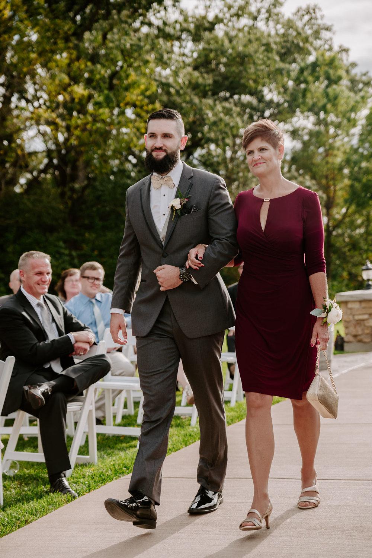 dc-winery-wedding-photos-beloit-wi-wedding-photographers-115.jpg