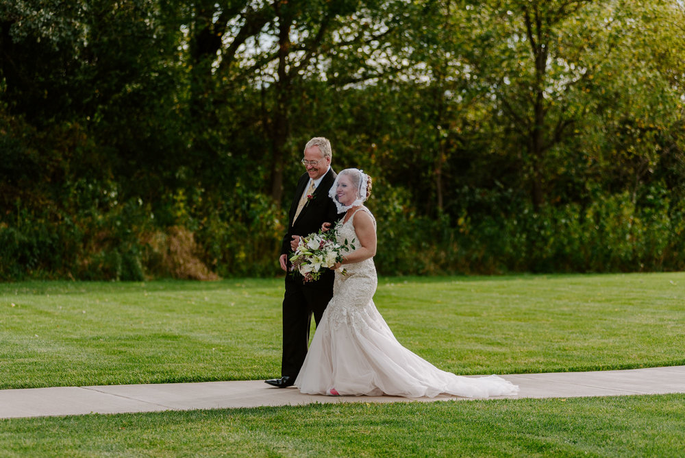 dc-winery-wedding-photos-beloit-wi-wedding-photographers-126.jpg
