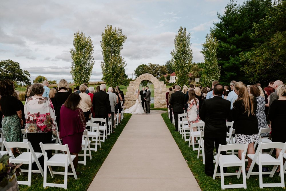 dc-winery-wedding-photos-beloit-wi-wedding-photographers-138.jpg