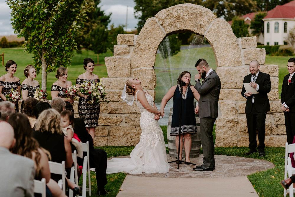 dc-winery-wedding-photos-beloit-wi-wedding-photographers-163.jpg