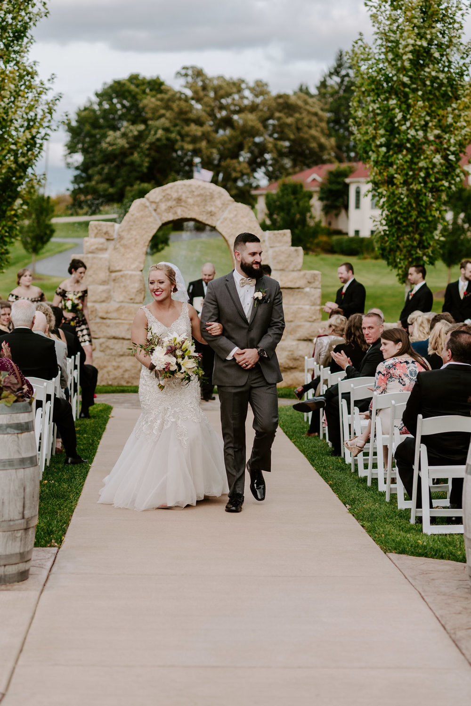 dc-winery-wedding-photos-beloit-wi-wedding-photographers-170.jpg