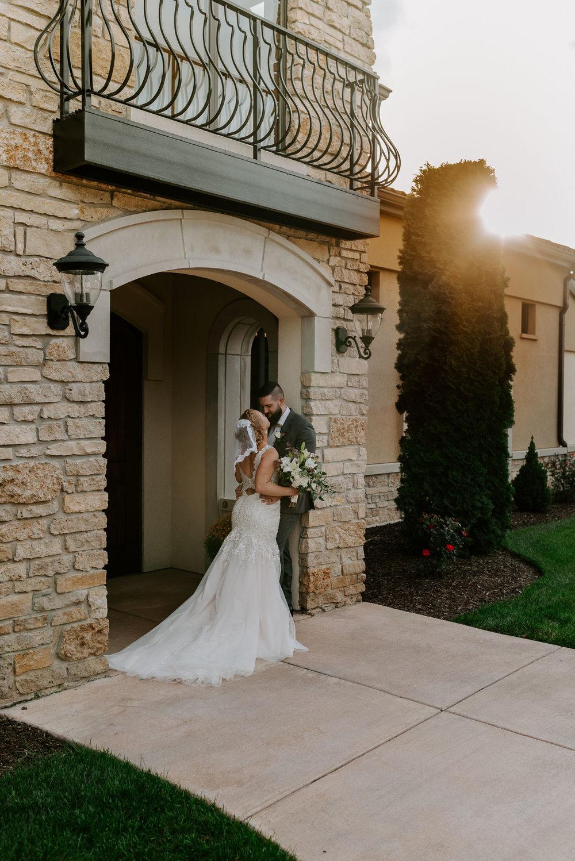 dc-winery-wedding-photos-beloit-wi-wedding-photographers-214.jpg