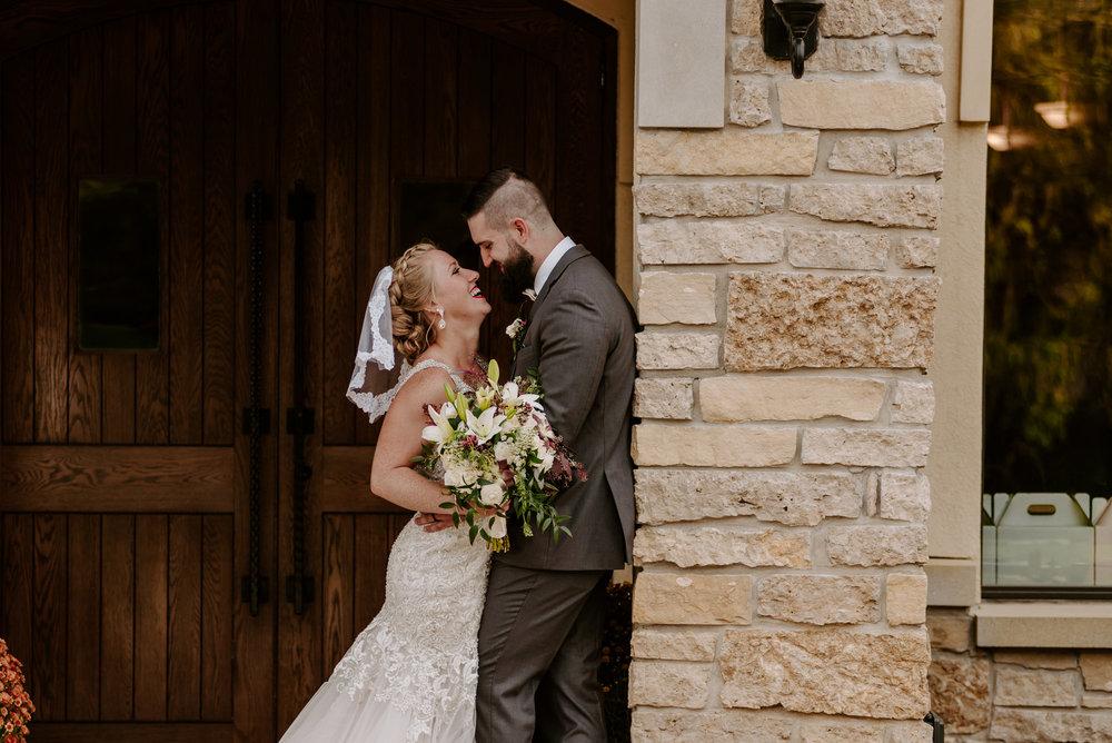 dc-winery-wedding-photos-beloit-wi-wedding-photographers-213.jpg