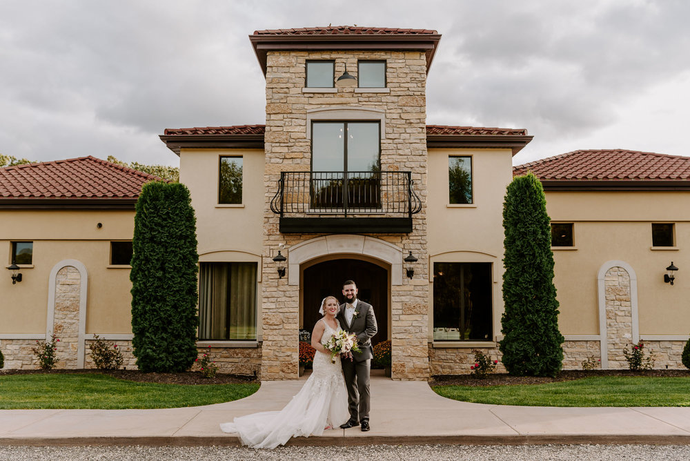 dc-winery-wedding-photos-beloit-wi-wedding-photographers-211.jpg