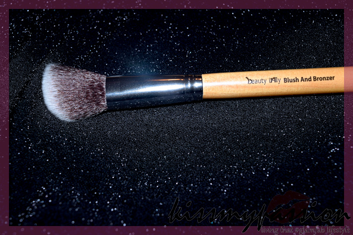 Blush and Bronzer Brush by Beauty Lally