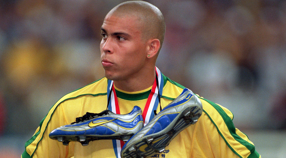 cebeb853d Brazil Ronaldo suffered a Heart Attack - France 1998 Story — Keepitonthedeck