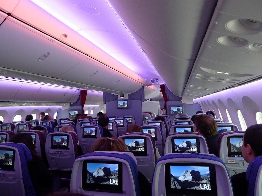 777_interior.jpg