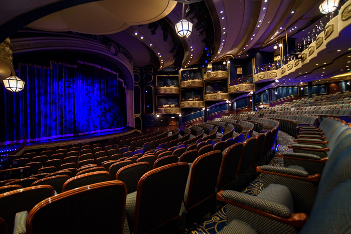 The stunning Royal Court Theater.