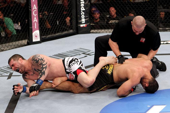 UFC 142: Palhares v Massenzio