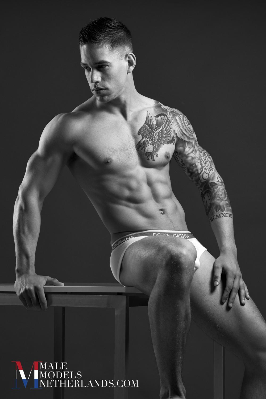 Ronan-3-Male Models Netherlands 05.jpg
