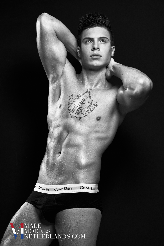 Nick-Male Models Netherlands-04BW.jpg
