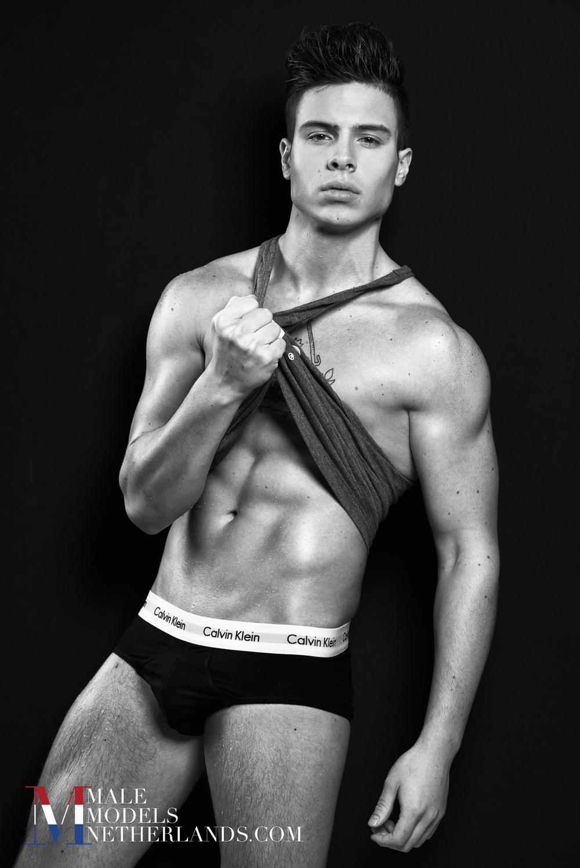 Nick-Male Models Netherlands-05BW.jpg