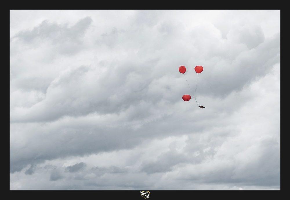 Glücksballons in der Luft