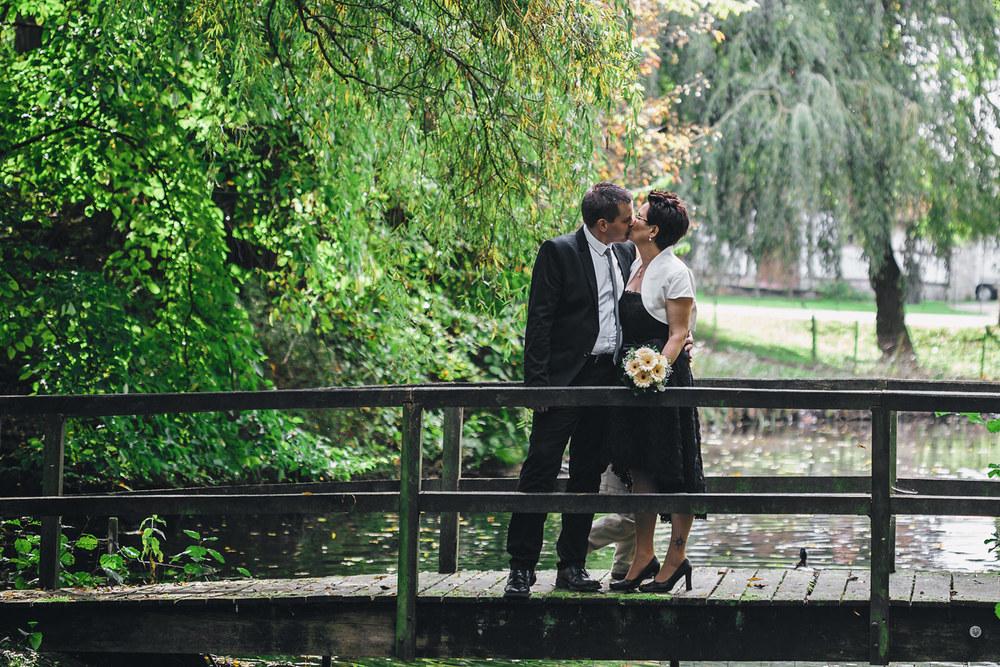 HD_Brücke_Kuss_1500.jpg