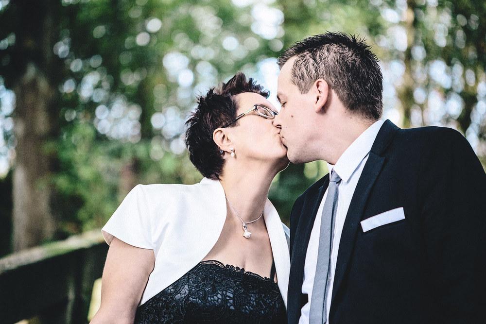 Brautpaarshooting im Gastlichen Dorf Delbrück mit Melanie & Dirk | www.für-immer-mein.com