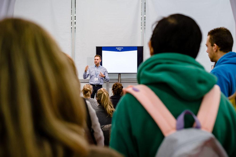 Voller Elterngeld Workshop mit den Elterngeld-Profis auf der Babymesse Muenchen