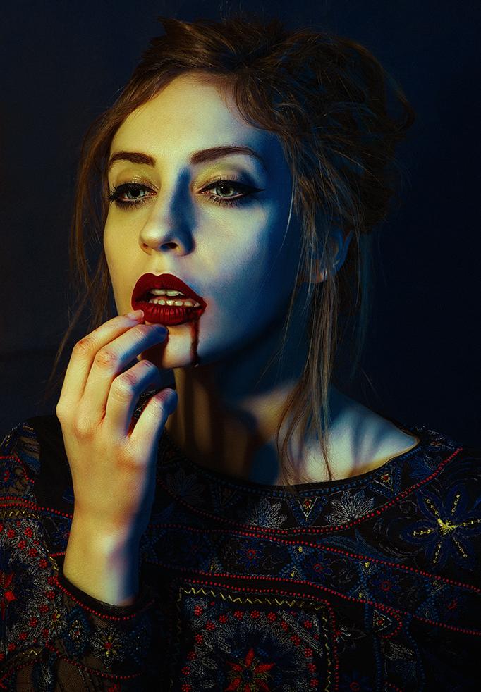 vampireweb.jpg