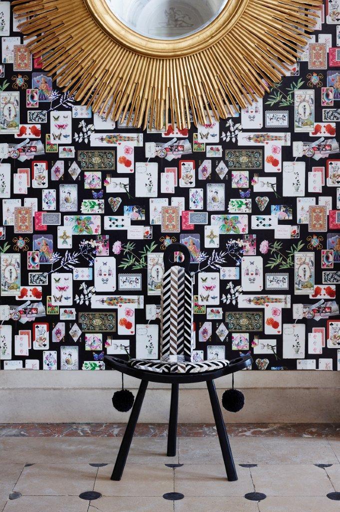 DG Christian Lacroix Maison De Jeu wallpaper.jpg